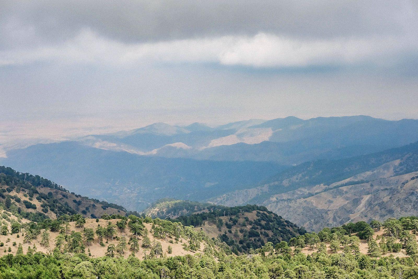 Краєвид з гори Олімп на Кіпрі
