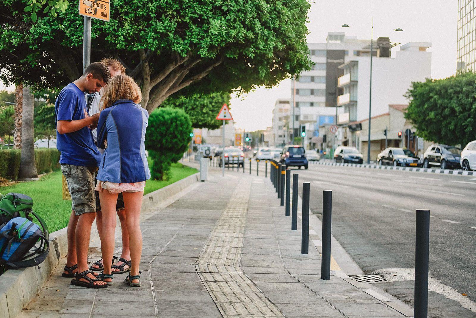 Автобусна зупинка в Лімасолі
