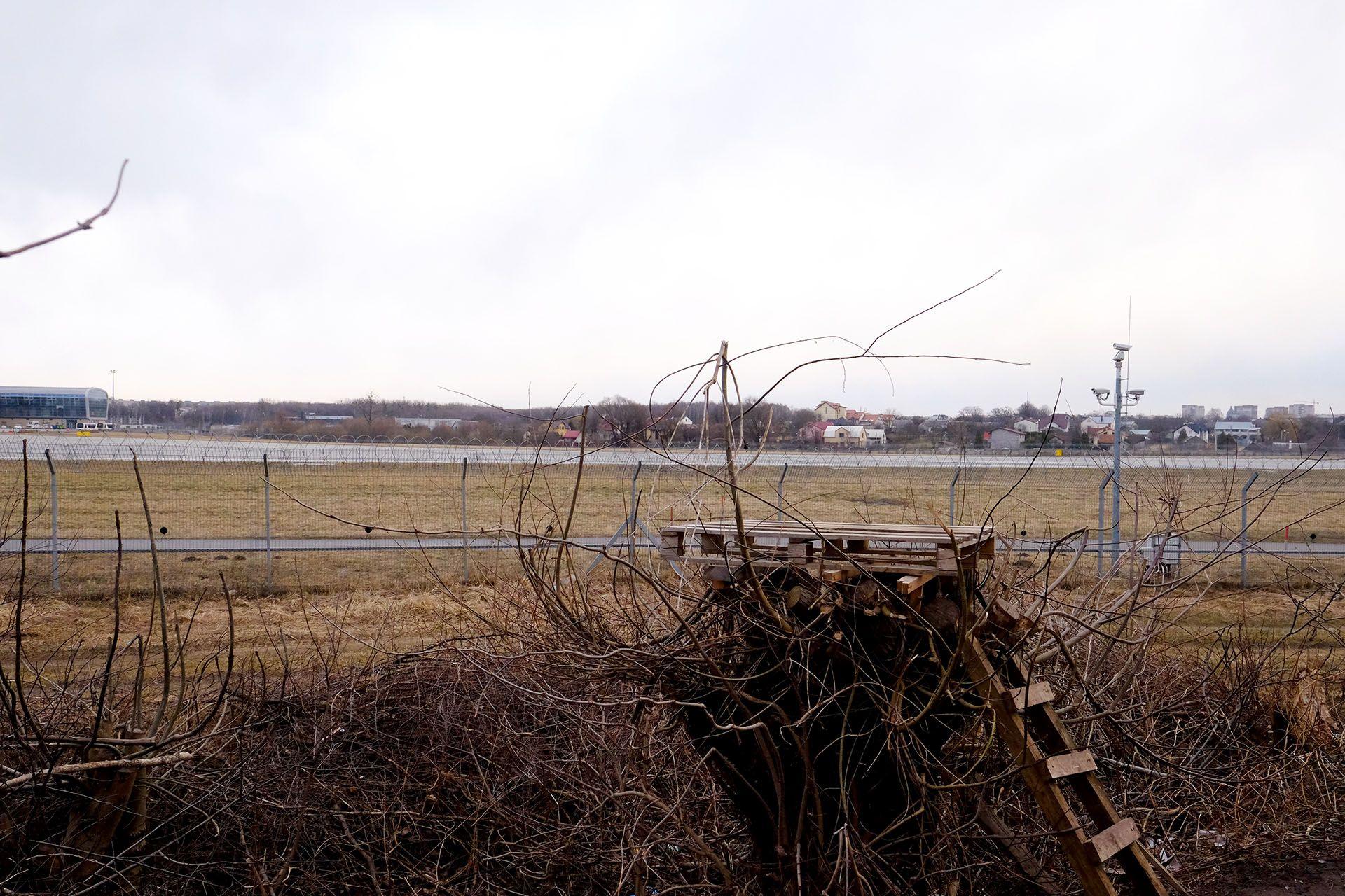 Точка спотингу біля аеропорту Львів