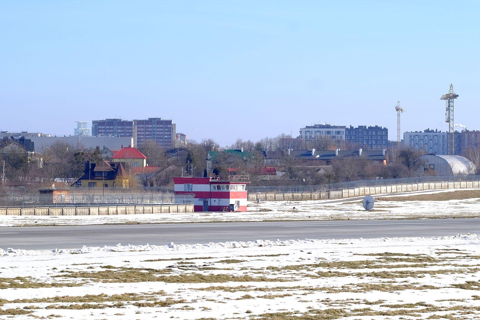 Вид на ЗПС Львів