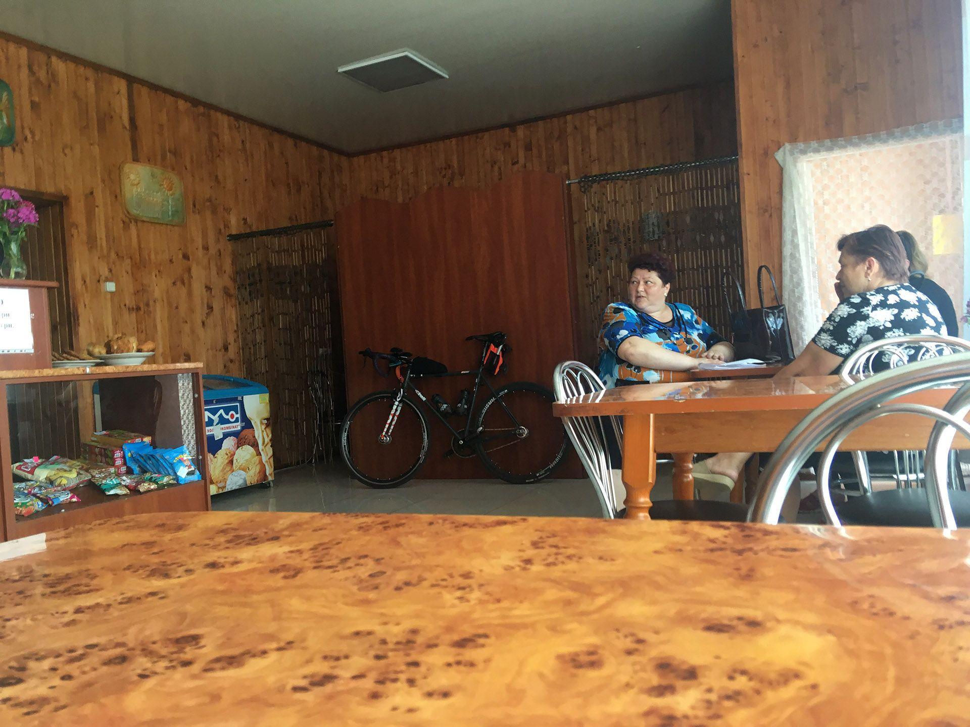 Придорожнє кафе в смт. Горохів